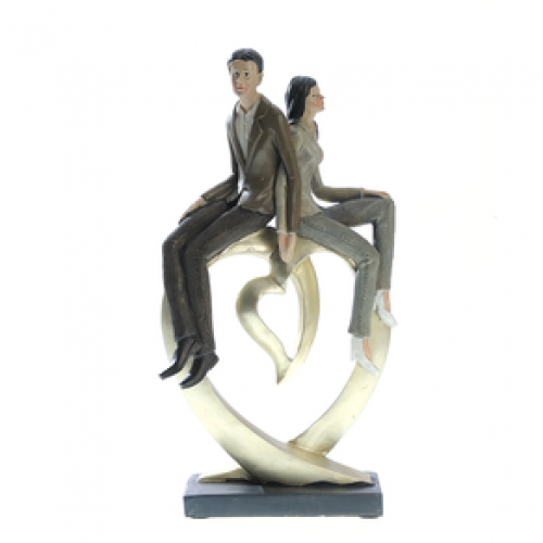 Statueta, cuplu modern
